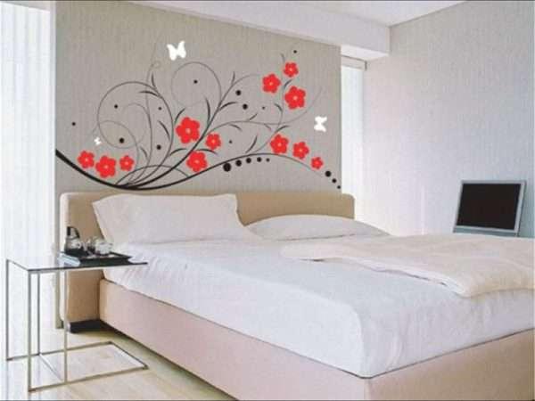 Цветочные мотивы в оформлении спальни