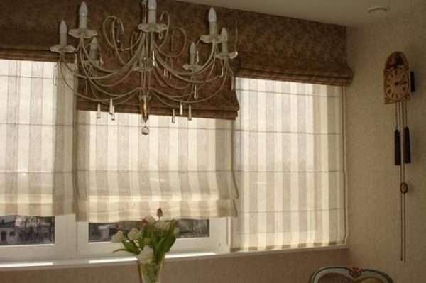 Римская штора из двойного полотна