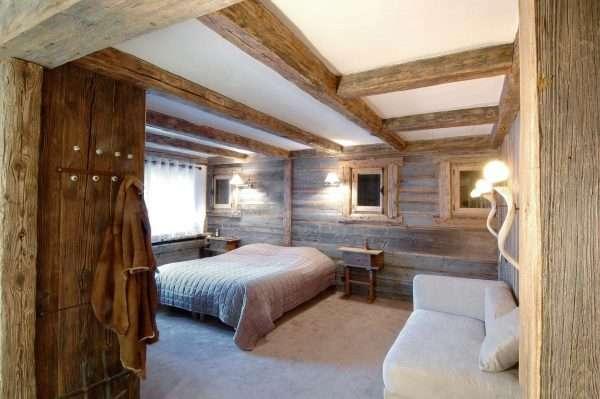 Стиль фахверк в оформлении спальни на даче