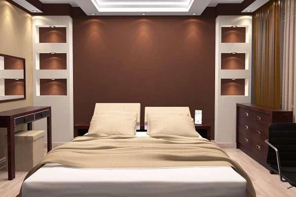 Сочетание бежевого и коричневого цвета в интерьере спальни