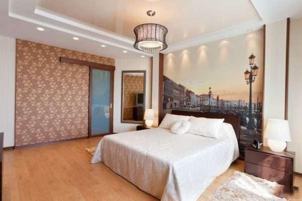 Разнообразие видов натяжных потолков в спальне