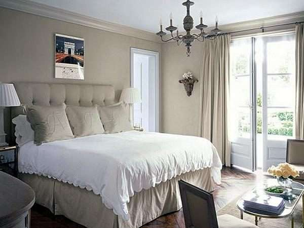 Шторы из льна в оформлении спальни в стиле прованс