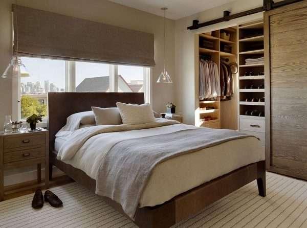 Интерьер спальни с гардеробной комнатой