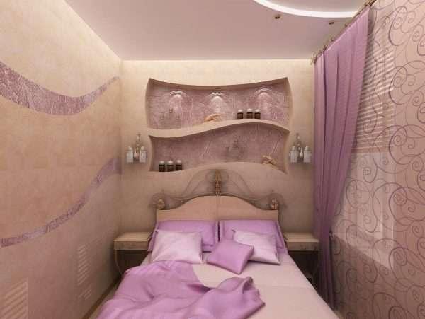 Маленькая спальня в персиковых тонах