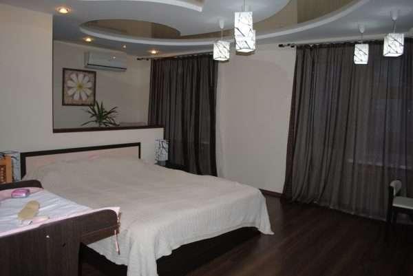 Ламинат для маленькой спальни