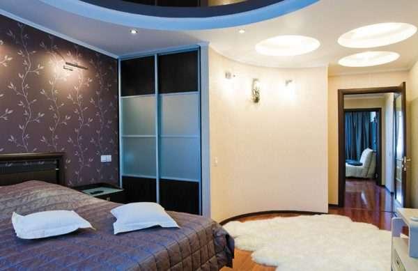 Спальня с гардеробной комнатой