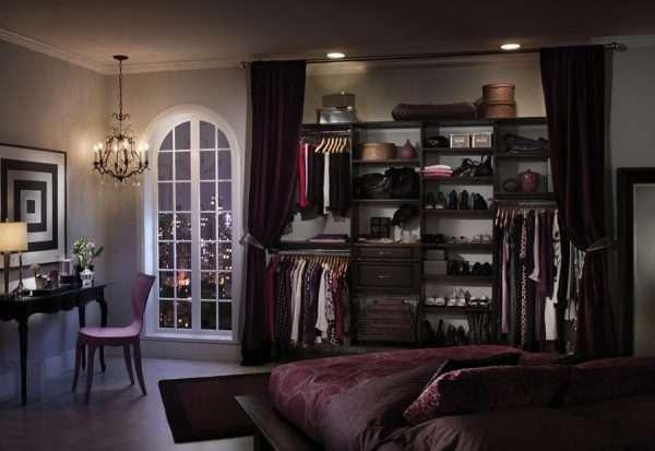 Вариант деления пространства внутри гардеробной