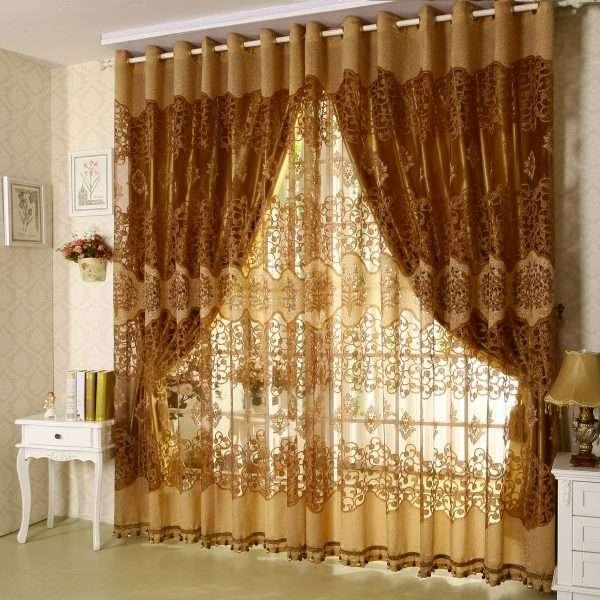 Стильные шторы на люверсах в спальню