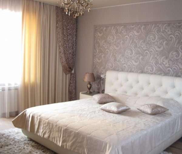 Вариант штор для маленькой спальни