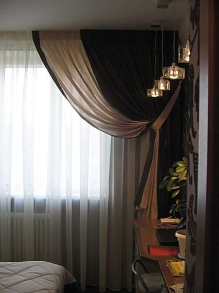 Шторы в современною спальню