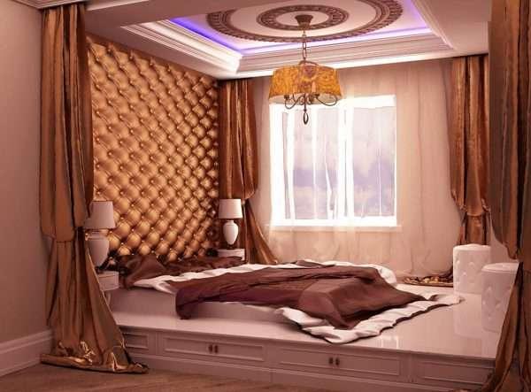 Подиум в интерьере маленькой спальни