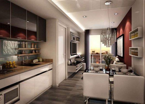интерьер длинной кухни гостиной в частном доме