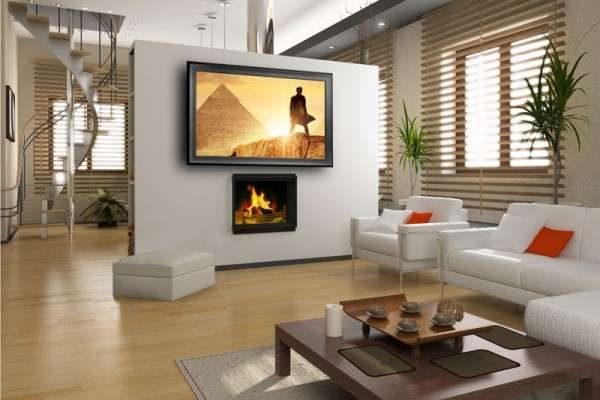 камин и телевизор в интерьере светлой гостиной