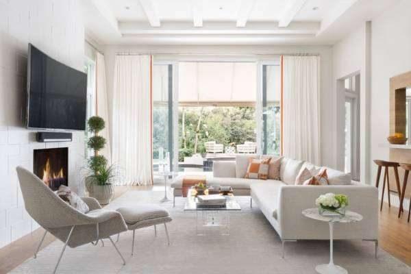 белый цвет мебели в гостиной