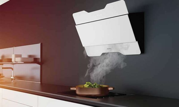 вытяжка на кухне гостиной 14 кв. м