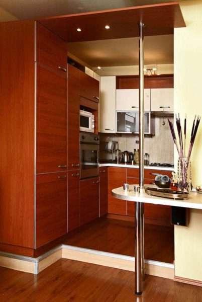 подиум в интерьере кухни гостиной