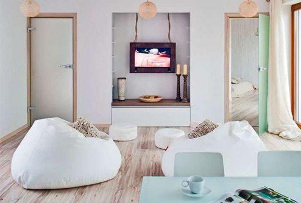 телевизор в интерьере гостиной в нише