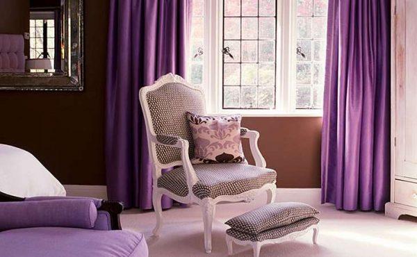 фиолетовые шторы с розовым в гостиной