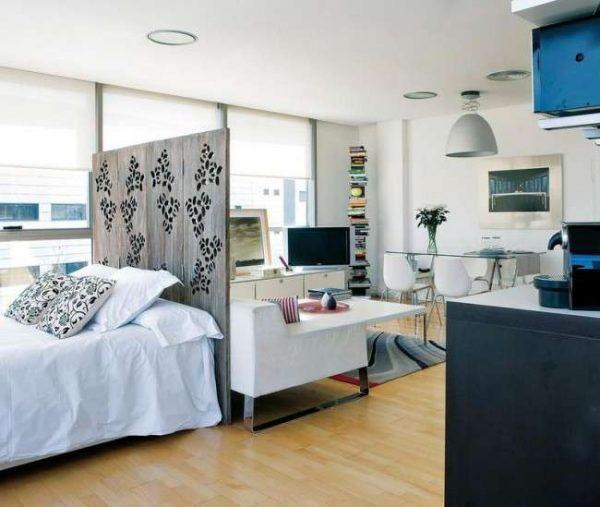 декоративная перегородка в интерьере спальни гостиной