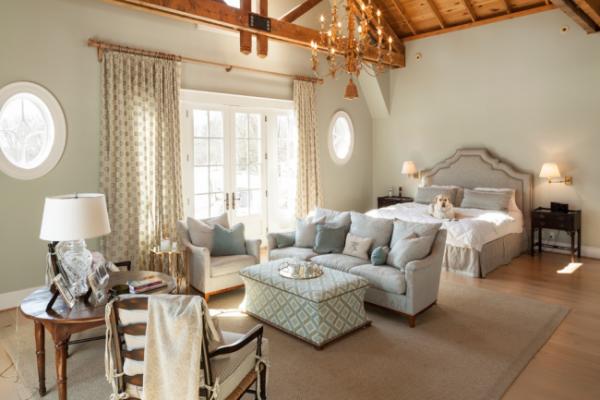 оформление гостиной со спальней в одном стиле