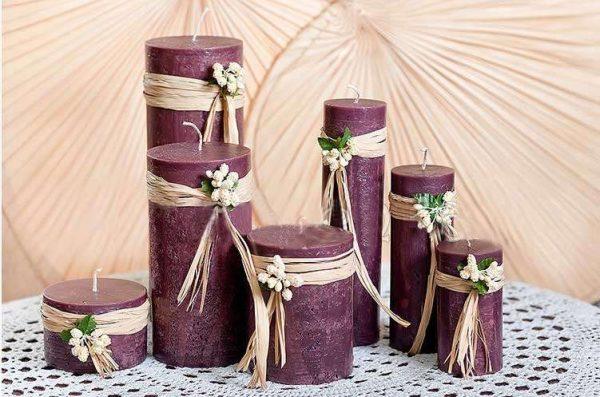 Фиолетовые декоративные свечи для интерьера