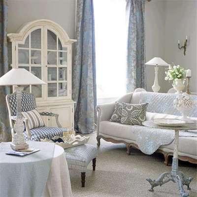 ковровое покрытие в интерьере гостиной в стиле прованс