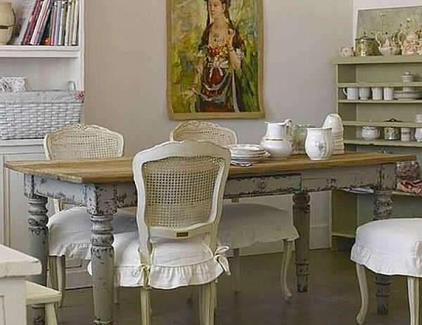 декор в интерьере кухни-гостиной в стиле прованс