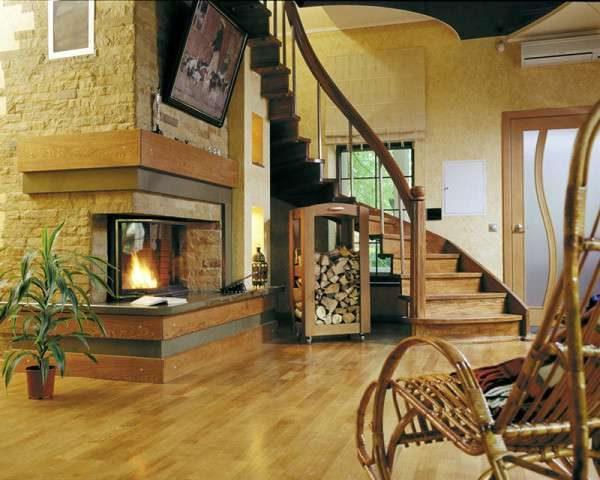деревянная лестница в интерьере гостиной