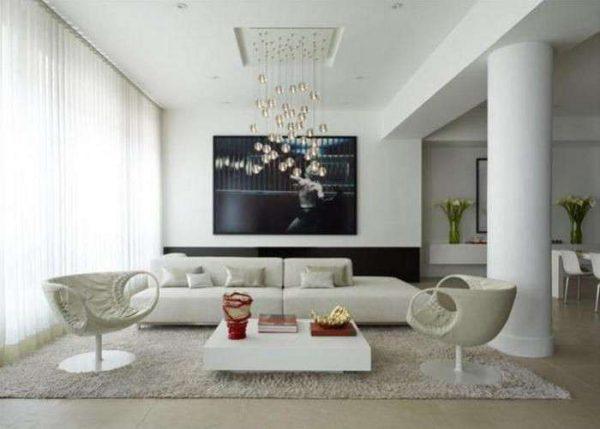 стильные кресла в гостиной в минималистическом стиле