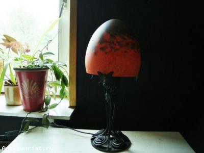 светильник арт нуво в гостиной