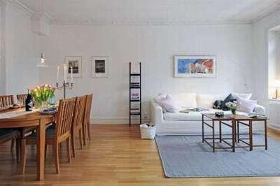 сочетание белого, серого и коричневого цвета в интерьере гостиной