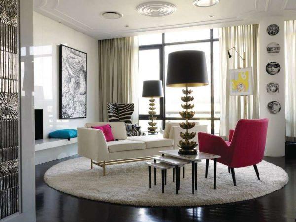 круглый ковёр в интерьере гостиной