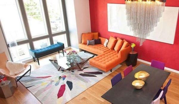 прямоугольный ковёр в интерьере гостиной