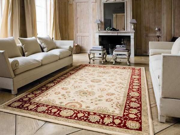 ковёр в интерьере гостиной