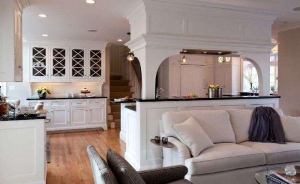 рабочая зона зонирует кухню-гостиную 30 кв. метров