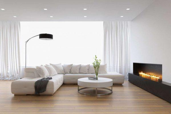натяжной потолок в интерьере небольшой гостиной