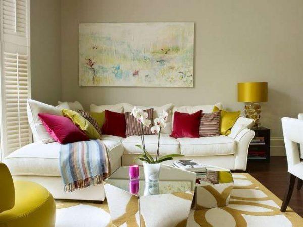 Интерьер небольшой гостиной в квартире
