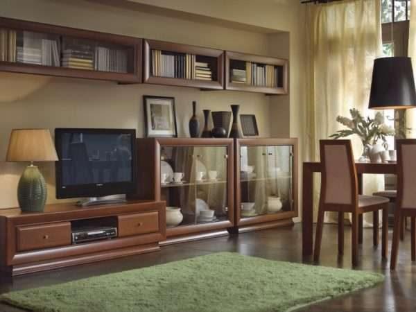 модульная стенка в интерьере гостиной в классическом стиле