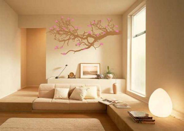 рисунок на стене в гостиной