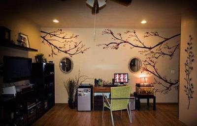 рисунки на стенах в гостиной