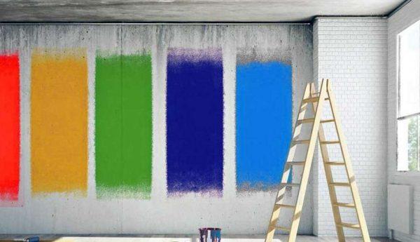 стены разных цветов для гостиной