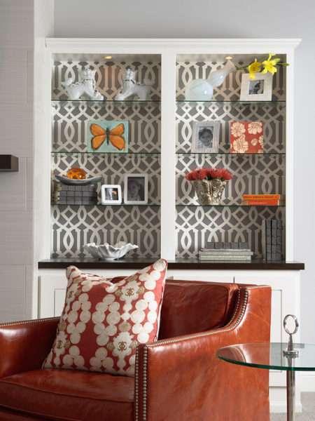 серые обои в интерьере гостиной и их комбинирование