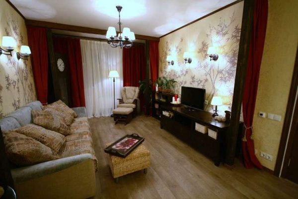 красные шторы в интерьере гостиной после ремонта