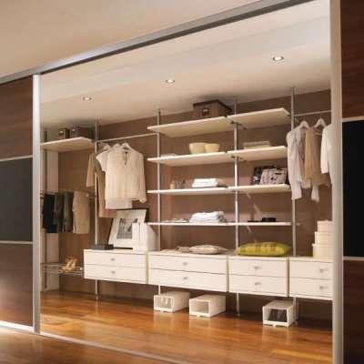 Шкаф-купе в гостиную с гардеробной