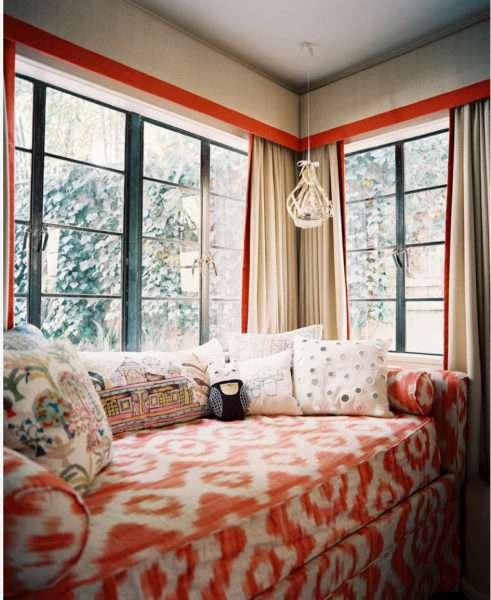 шторы с лабрекенами в интерьере гостиной