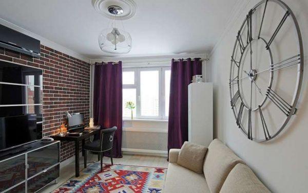 фиолетовые шторы в интерьере современной гостиной