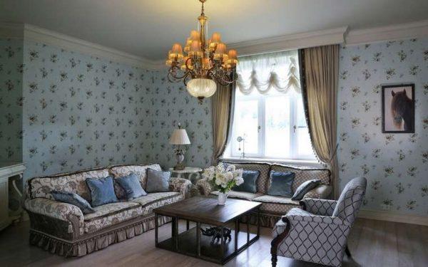 прямые шторы вместе с австралийскими в интерьере современной гостиной