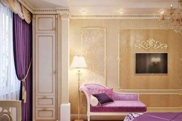 сиреневые шторы с лабрекенами в интерьере гостиной