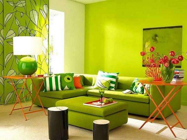 сочный зелёный в интерьере гостиной