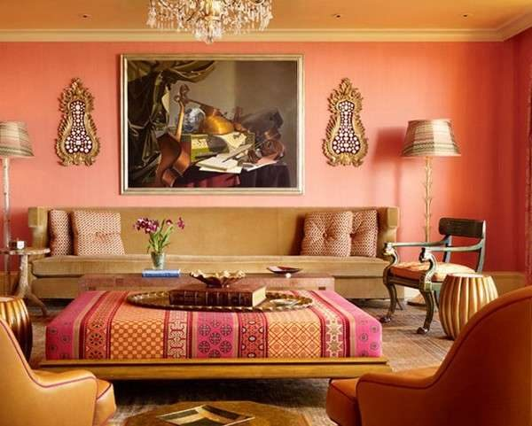Сочетание персикового и бежевого цветов в гостиной